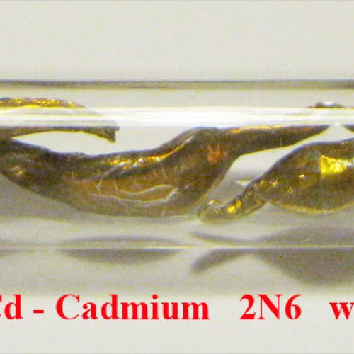Kadmium - Cd - Cadmium   Colored. Sample with oxide sufrace.