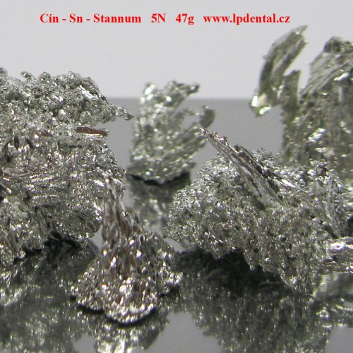 Cín - Sn - Stannum  Tin Melted crystalline dendritic fragments/Pieces