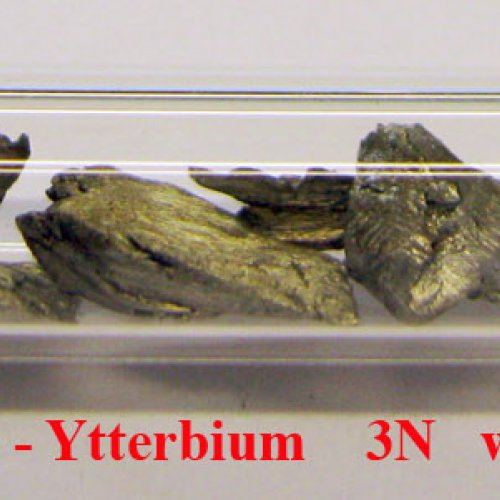 Ytterbium - Yb - Ytterbium    sublimed dendritic sample.