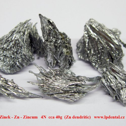 Zinek - Zn - Zincum   4N  Zinc-crystalline dendritic lumps pieces.