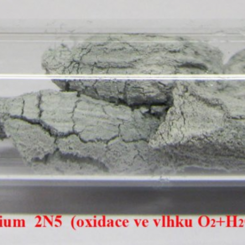 Lithium - Li - Lithium with oxide surface.