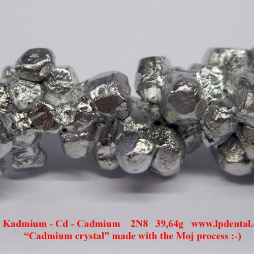 Kadmium-Cd-Cadmium crystal made with the Moj process 7.jpg