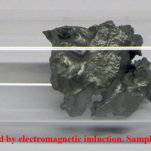 Molybdenum fragments - melted by electromagnetic induction. Sample-sand blasted surface. 2N8 7,7g.jp