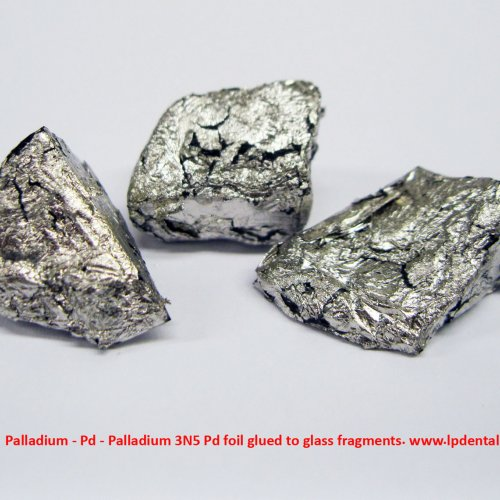 Palladium - Pd - Palladium 3N5 Pd foil glued to glass fragments. 1.jpg